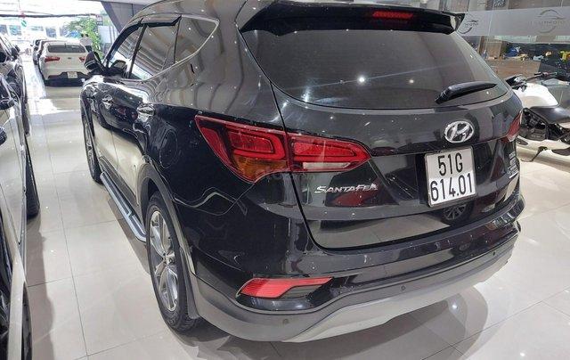 Bán Hyundai Santa Fe 2.2 AT 2018, máy dầu diesel, biển SG, xe gia đình sử dụng, odo 30.000km, thương lượng khách thiện chí4