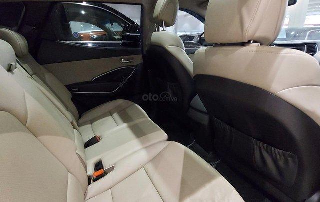 Bán Hyundai Santa Fe 2.2 AT 2018, máy dầu diesel, biển SG, xe gia đình sử dụng, odo 30.000km, thương lượng khách thiện chí8