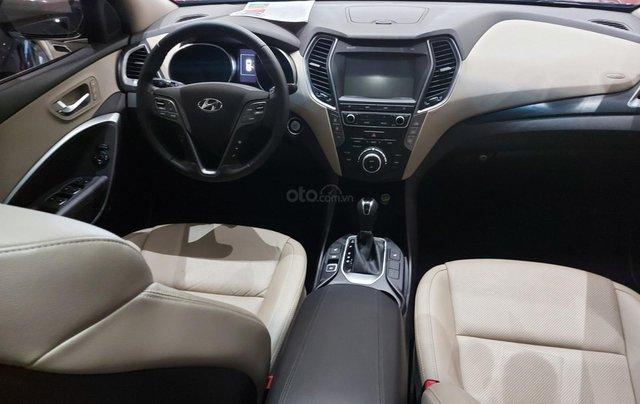 Bán Hyundai Santa Fe 2.2 AT 2018, máy dầu diesel, biển SG, xe gia đình sử dụng, odo 30.000km, thương lượng khách thiện chí11