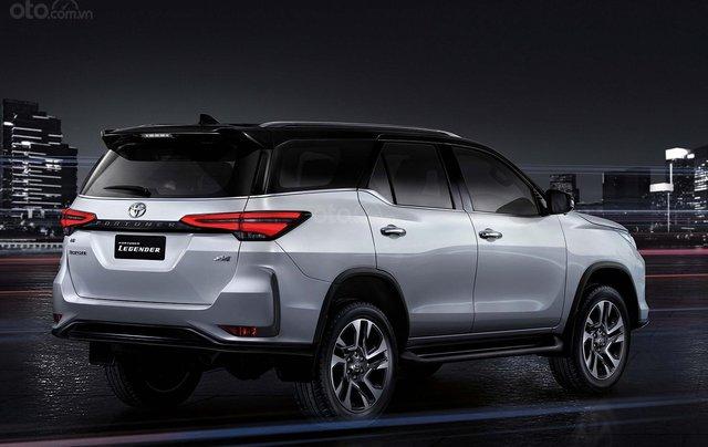 Toyota Fortuner 2021 facelift sắp trình làng Việt Nam?11