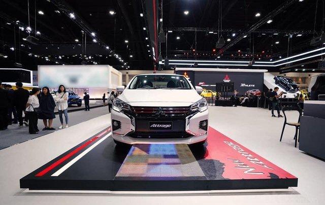 Bán Mitsubishi Attrage đời 2020, màu trắng3