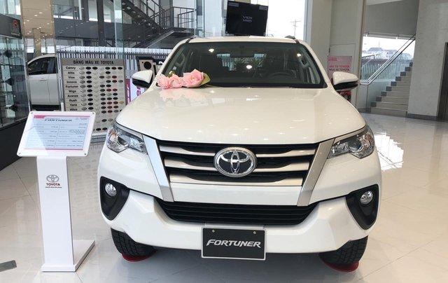 Toyota Tân Cảng bán Toyota Fortuner 2020 tặng 100% thuế trước bạ + bảo hiểm thân xe + gói bảo dưỡng 3 năm miễn phí 0