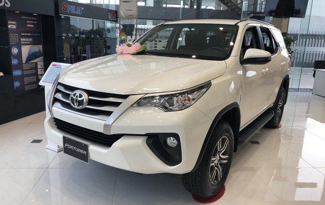 Toyota Tân Cảng bán Toyota Fortuner 2020 tặng 100% thuế trước bạ + bảo hiểm thân xe + gói bảo dưỡng 3 năm miễn phí 2