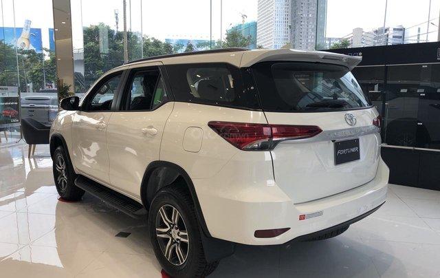 Toyota Tân Cảng bán Toyota Fortuner 2020 tặng 100% thuế trước bạ + bảo hiểm thân xe + gói bảo dưỡng 3 năm miễn phí 5