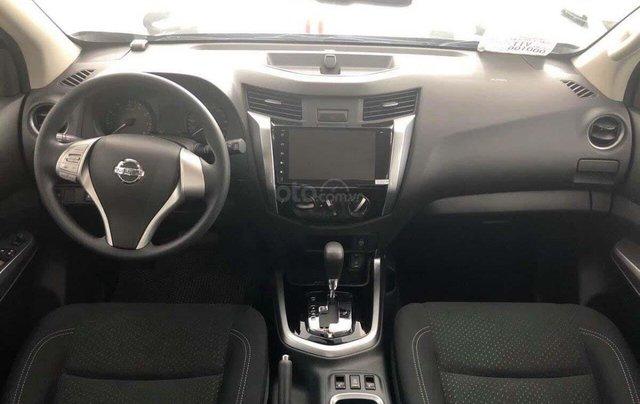 Bán ô tô Nissan Terra đời 2020, màu bạc, xe nhập1