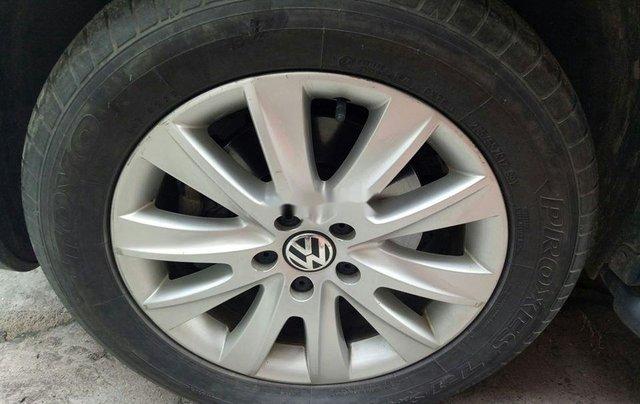 Xe Volkswagen Tiguan đời 2010, màu trắng, nhập khẩu còn mới9