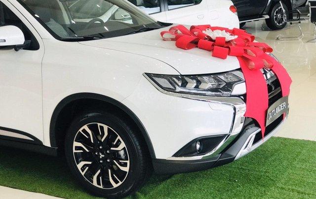 [Mitsubishi Quy Nhơn] Mitsubishi Outlander, giảm 50% thuế trước bạ - ưu đãi lớn từ đại lý, giá cực tốt tại Bình Định1