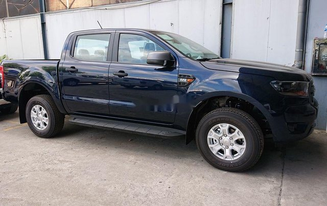 Bán xe Ford Ranger XLS sản xuất năm 2020, xe nhập. Ưu đãi khủng4