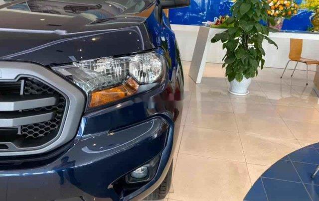 Bán xe Ford Ranger XLS sản xuất năm 2020, xe nhập. Ưu đãi khủng5