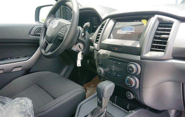 Bán xe Ford Ranger XLS sản xuất năm 2020, xe nhập. Ưu đãi khủng2