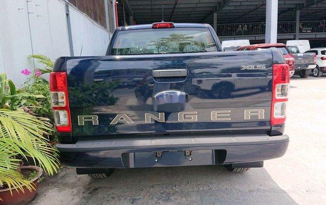 Bán xe Ford Ranger XLS sản xuất năm 2020, xe nhập. Ưu đãi khủng1