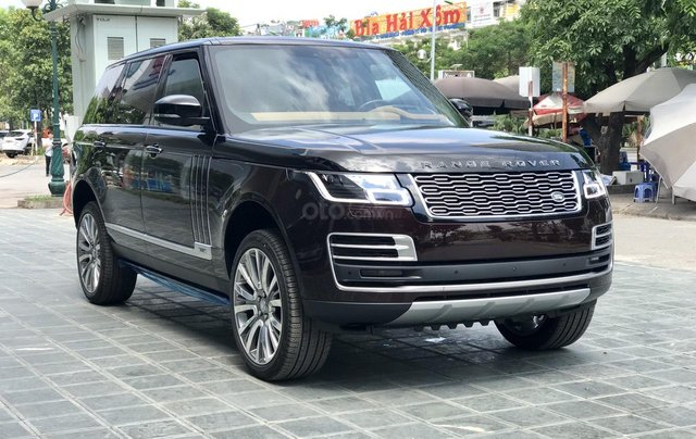 Cần bán LandRover Range Rover SV Autobio LWB 3.0 model 2020, mới 100%12