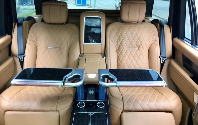 Cần bán LandRover Range Rover SV Autobio LWB 3.0 model 2020, mới 100%13