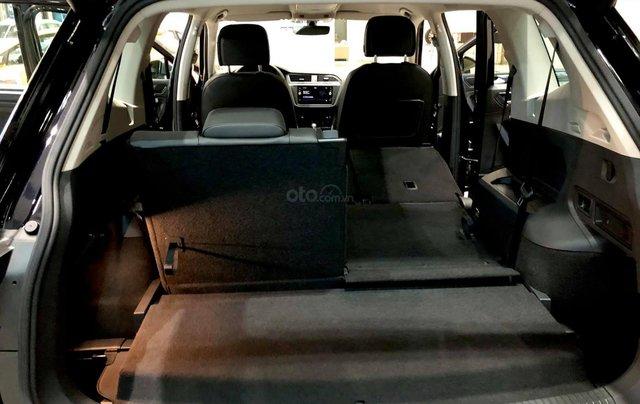Volkswagen Sài Gòn - Volkswagen Tiguan 2020 SUV 7 chỗ, giảm 120 triệu cho xe nhập11
