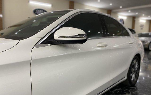 Bán Mercedes C200 sản xuất 2018, còn bảo hành chính hãng đến 20216