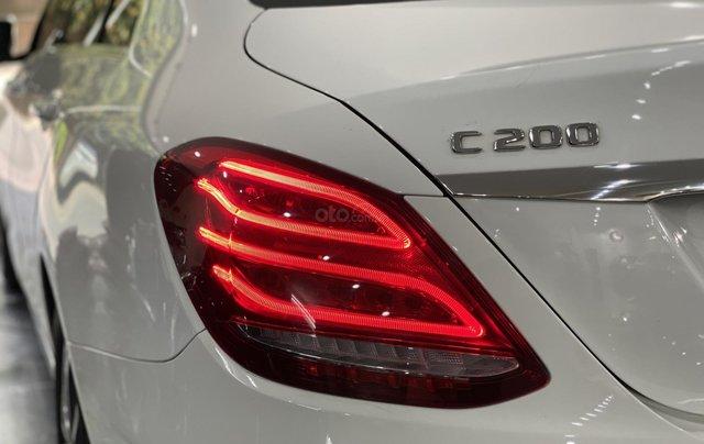 Bán Mercedes C200 sản xuất 2018, còn bảo hành chính hãng đến 20214