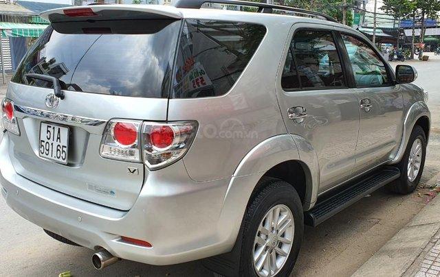 Cần bán lại xe Toyota Fortuner đời 2013, màu bạc, số tự động4
