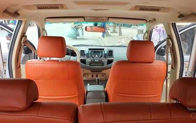 Cần bán lại xe Toyota Fortuner đời 2013, màu bạc, số tự động11