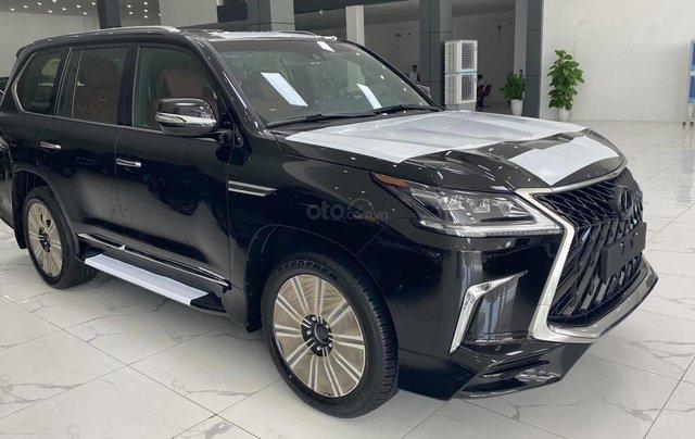 Bán Lexus LX570 MBS 4 ghế thương gia, sản xuất 2020, màu đen, xe giao ngay1