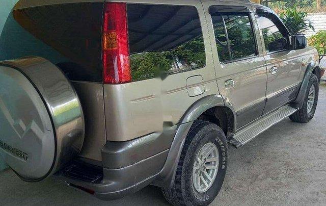 Cần bán Ford Everest sản xuất năm 2006, xe gia đình, giá chỉ 260 triệu2