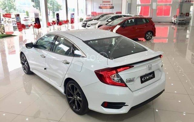 Honda Civic 2020 RS - Giảm ngay tiền mặt, lãi suất ưu đãi cùng quà tặng kèm theo. LH ngay để nhận ưu đãi4