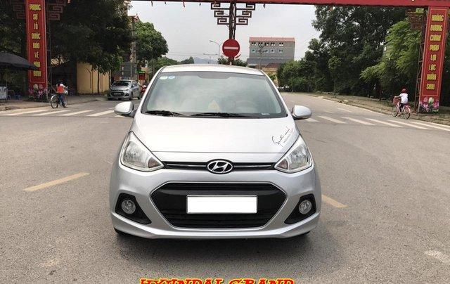 Hyundai Grand i10 1.2 Sport 2016, màu bạc, nhập khẩu. Bản full option bóng khí, đề nổ mới cứng0