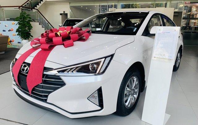 Hyundai Elantra 2019, giảm mấy chục triệu khi mua xe, xe có sẵn giao ngay0