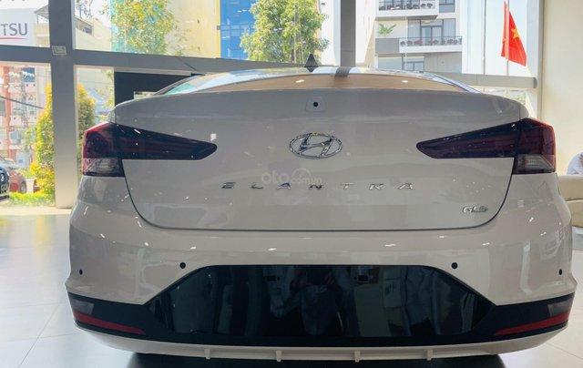 Hyundai Elantra 2019, giảm mấy chục triệu khi mua xe, xe có sẵn giao ngay7