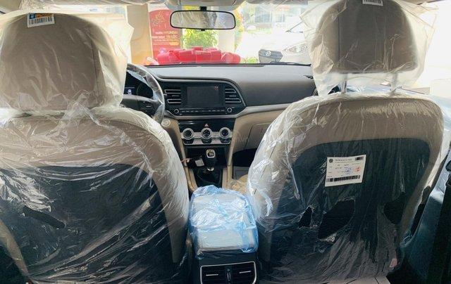 Hyundai Elantra 2019, giảm mấy chục triệu khi mua xe, xe có sẵn giao ngay8