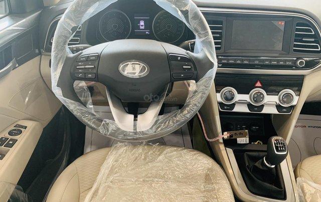 Hyundai Elantra 2019, giảm mấy chục triệu khi mua xe, xe có sẵn giao ngay9