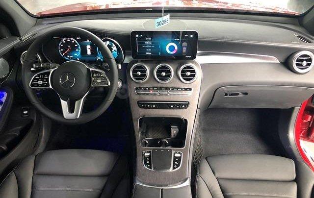Mercedes GLC300 AMG - 2020, màu xám - kem, xe có sẵn giao ngay3