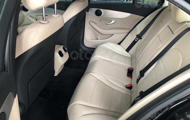 Mercedes C180 - 2020 giảm ngay 55 triệu + tặng bảo hiểm + tặng 2 năm bảo dưỡng miễn phí5