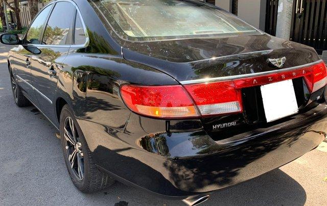 Hyundai Azera tự động nhập khẩu màu đen10