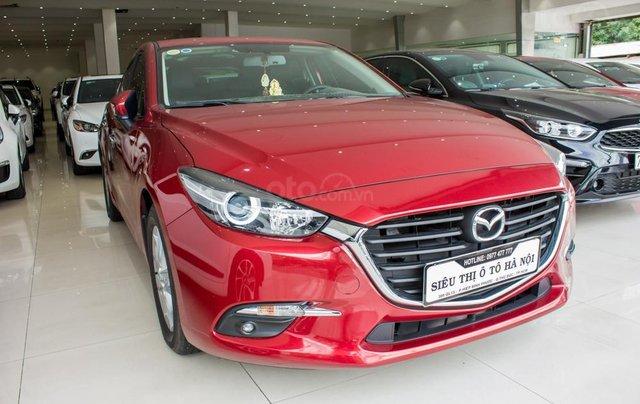 Bán Mazda 3 sản xuất năm 2017, xe gia đình, trả góp 5 năm chỉ từ 199 triệu1