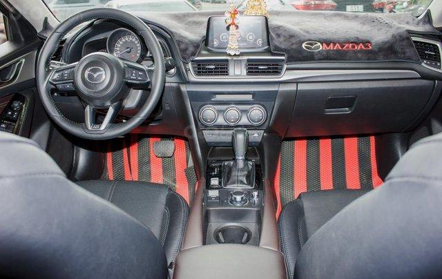 Bán Mazda 3 sản xuất năm 2017, xe gia đình, trả góp 5 năm chỉ từ 199 triệu8