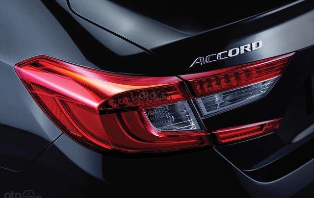Honda Accord 2019 KM lên đến 100tr TM1