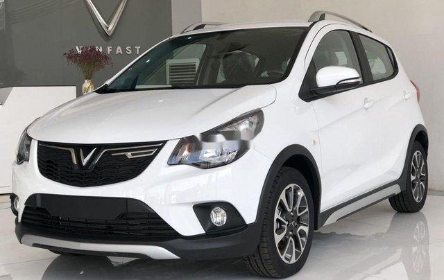 Bán xe VinFast Fadil sản xuất năm 2020, màu trắng, giá 372tr0