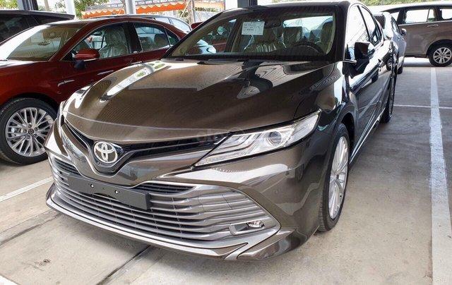 Bán Toyota Camry 2.5Q màu nâu nhập Thái giao ngay0