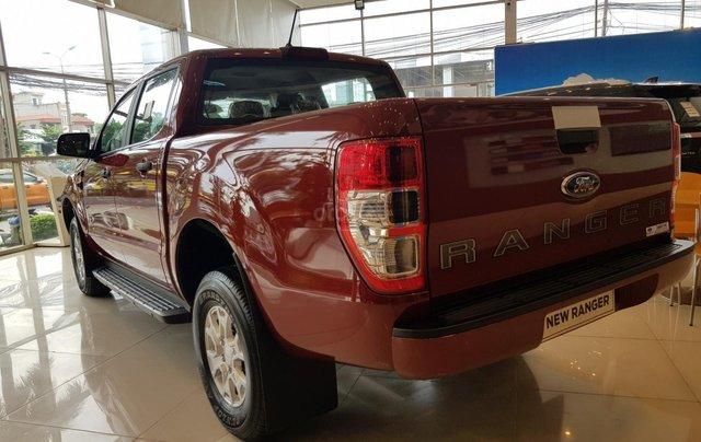 [Hot] Lăn bánh Ford Ranger XLS AT 2020 chỉ 184 triệu - tặng phụ kiện lên đến 20 triệu, hỗ trợ lãi suất trả góp từ 0,74%2