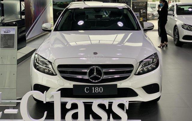 Mercedes-Benz C180 2020 giá tốt nhất, hỗ trợ 50% thuế trước bạ, tặng 1 năm bảo hiểm thân vỏ, 2 năm bảo dưỡng0