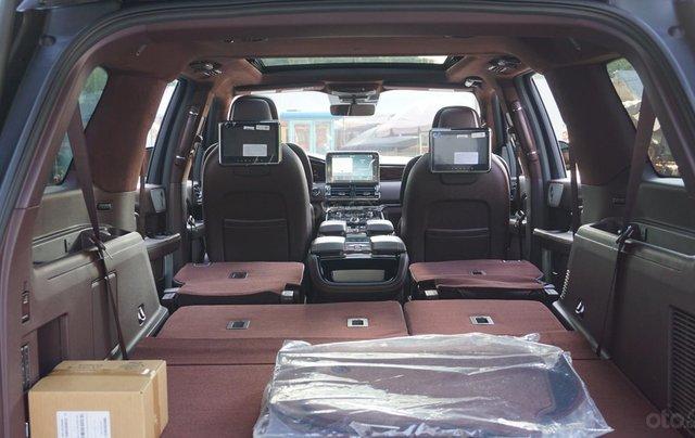 Cần bán xe Lincoln Navigator Black Label L mới 100%, xe có sẵn giao ngay tại TP HCM8