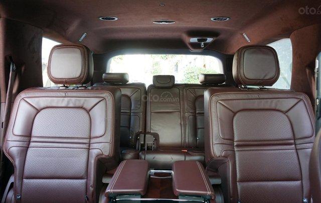 Cần bán xe Lincoln Navigator Black Label L mới 100%, xe có sẵn giao ngay tại TP HCM9
