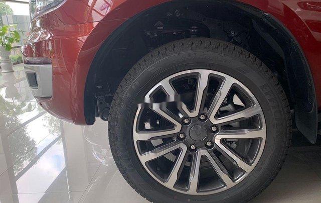 Bán ô tô Ford Everest 2020, màu đỏ, nhập khẩu nguyên chiếc1