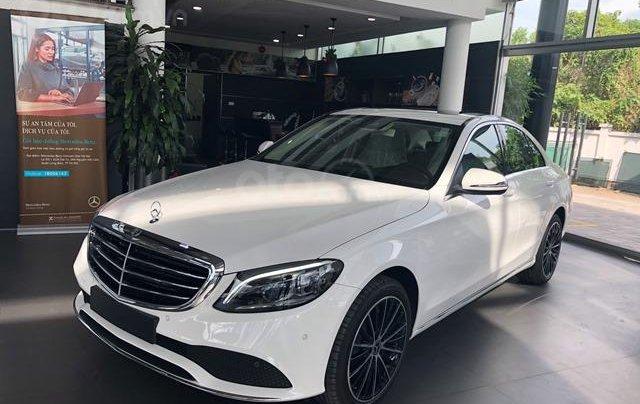 Mercedes C200 Exclusive - 2020 giảm ngay 50tr + tặng BHVC + tặng 2 năm bảo dưỡng miễn phí1