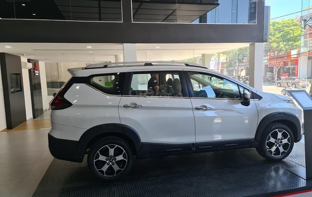 Bán xe Mitsubishi Xpander Cross năm 2021, màu trắng, nhập khẩu nguyên chiếc. Tặng bảo hiểm thân vỏ4