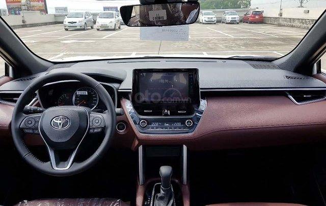 Cần bán Toyota Corolla Cross 1.8V năm sản xuất 2020, màu trắng, nhập khẩu nguyên chiếc1