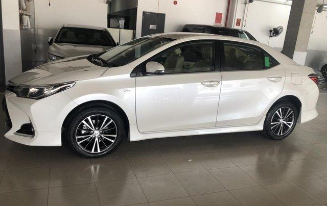 Bán Toyota Corolla Altis 1.8 CVT- mẫu 2021 mới - khuyến mãi lớn, mua trả góp chỉ với 170 triệu1