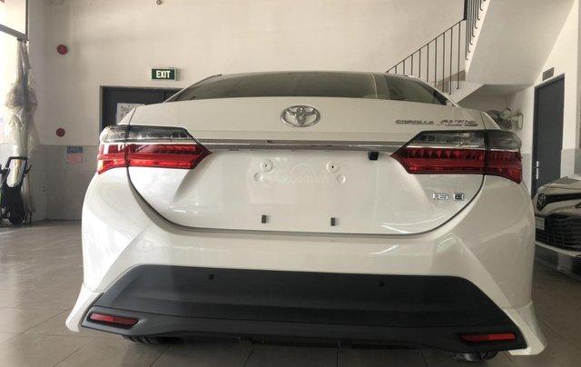 Bán Toyota Corolla Altis 1.8 CVT- mẫu 2021 mới - khuyến mãi lớn, mua trả góp chỉ với 170 triệu2