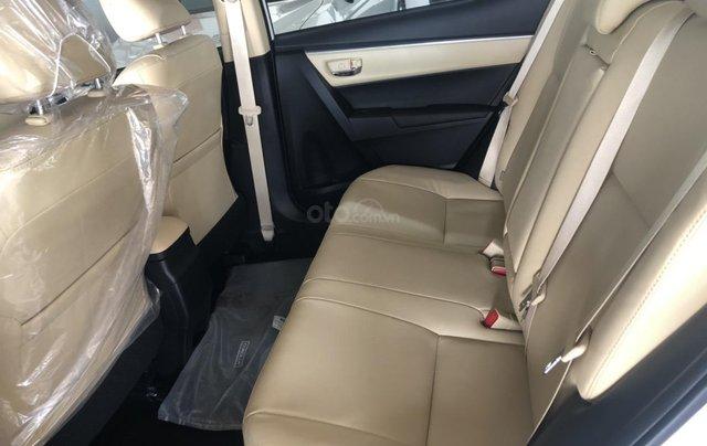 Bán Toyota Corolla Altis 1.8 CVT- mẫu 2021 mới - khuyến mãi lớn, mua trả góp chỉ với 170 triệu4