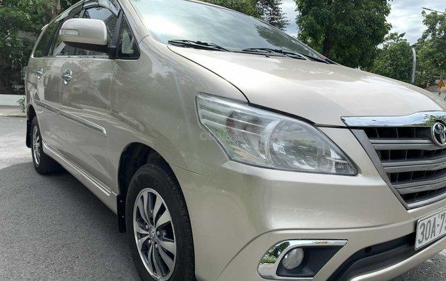 Cần bán gấp Toyota Innova 2.0E sx 2016, xe gia đình giá tốt 410 triệu đồng12